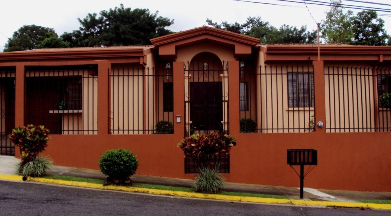 Frentes de casas - Colores para pintar fachadas exteriores ...