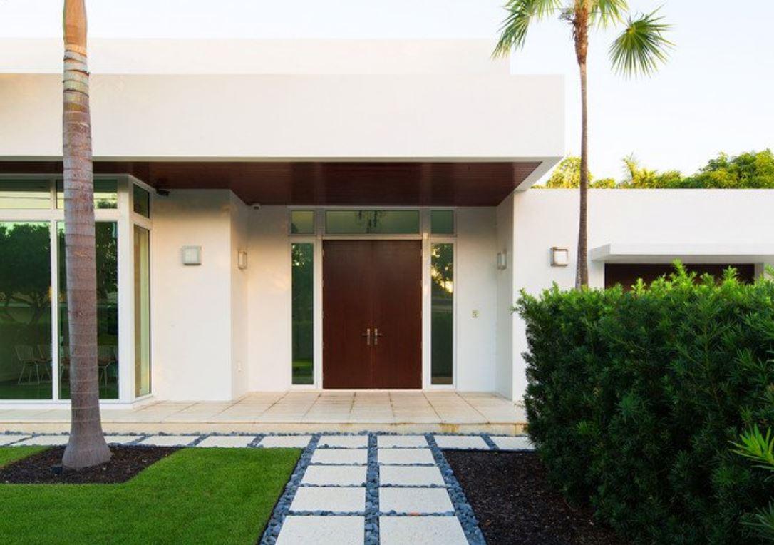 Fachadas de entradas de casas modernas for Fachadas de entradas de casas modernas